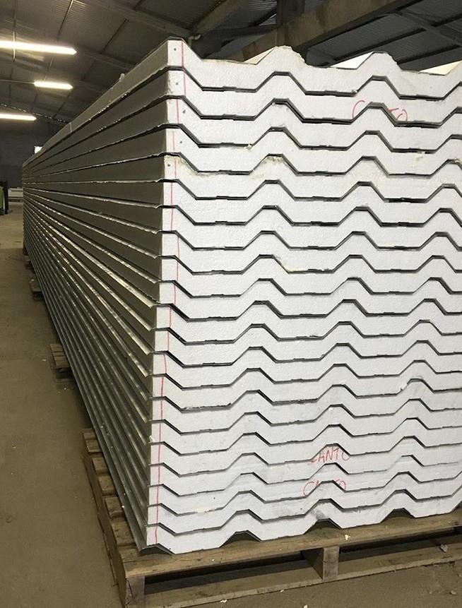 Distribuidor de telhas galvanizadas